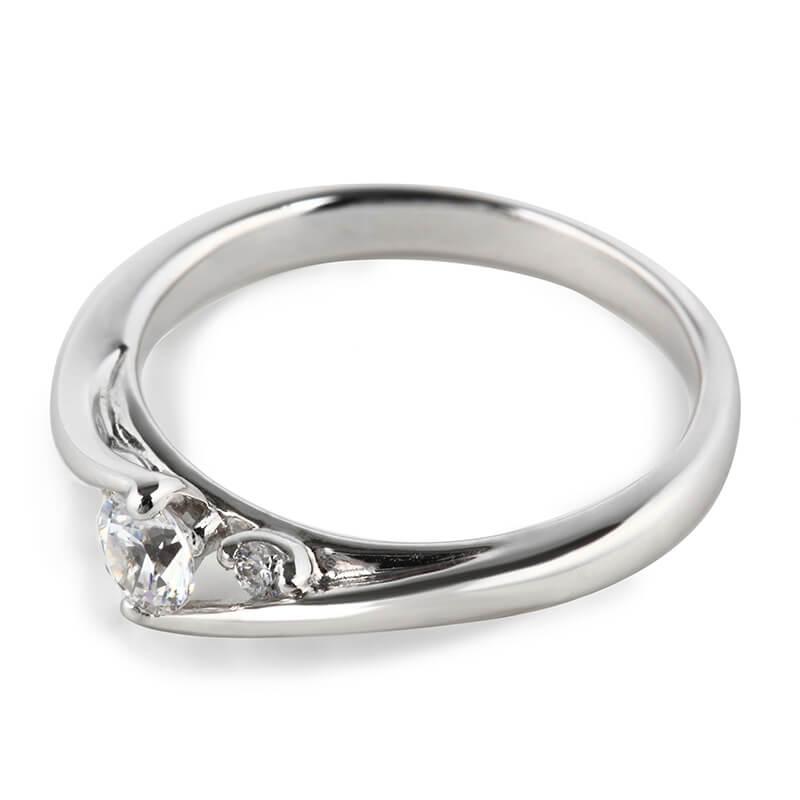 銀座・柏・直方の婚約指輪VENUS TEARS Engagement Ring(ヴィーナスティアーズ エンゲージリング)_02