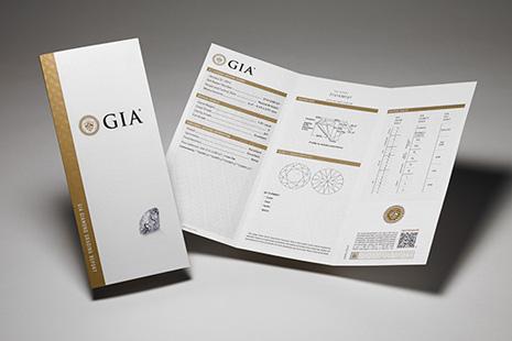 GIA グレーディングレポート(鑑定書)