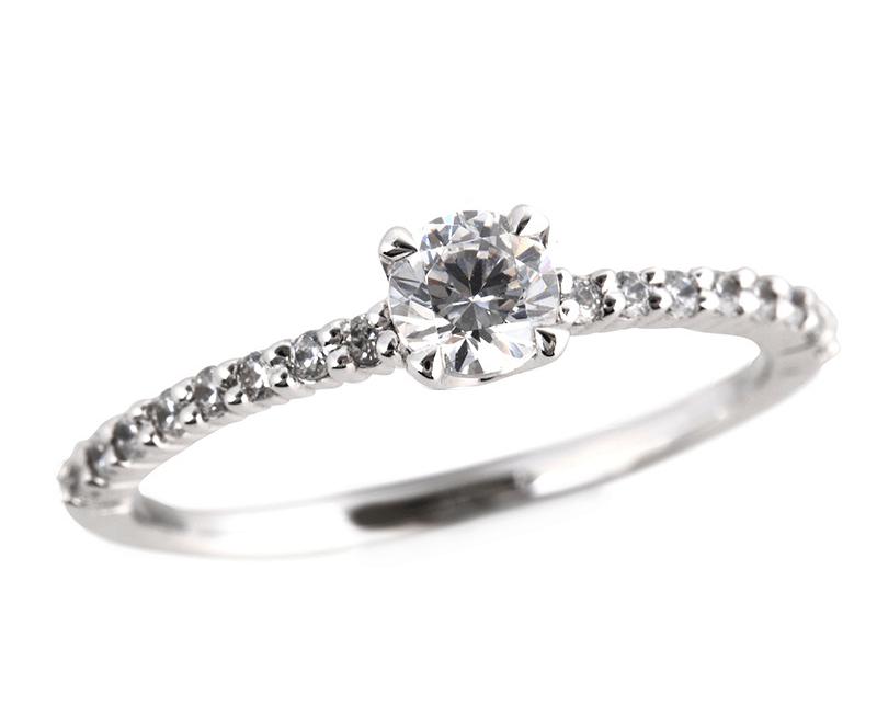 サイドストーン婚約指輪